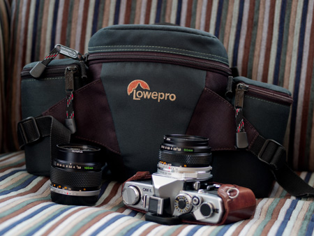 LowePro Off-Trail 1